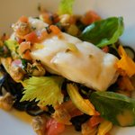 Main course - Wild turbot « au naturel », linguine pasta with squid ink and clams