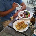 Fiorentina with roasted potatoes