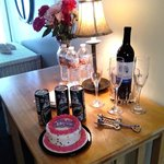 COMPLIMENTARY WELCOME GIFTS