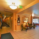Hallway - Quality Inn