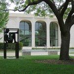 Sheldon Museum of Art and sculpture garden