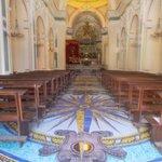 Interior da Parrochia do San Gennao