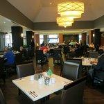 Cavu, restaurant and breakfast area