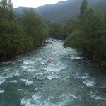 rio Noguera Pallaresa al lado casa rural