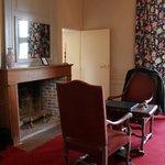 chambre et meubles presques anciens
