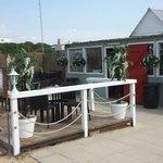 Fins front deck