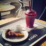 Red berry cooler and cherry tart with cream! Beautiful, love this costa!