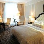State Hermitage Hotel - Premium Room