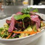 salade de crudites et boeuf