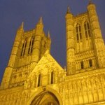 a short walk to the magnificent lincoln cathedral