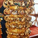 Prunkstücke aus der Shwedagon-Pagode