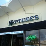 Neptune's Sports Bar & Cafe (formerly Tailgater's)
