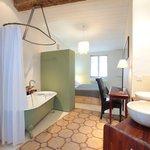 La chambre YANG avec baignoire