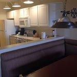 Kitchen/ dine