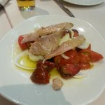 Ventresca con tomates Raf