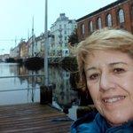 Eu em um canal de Copenhague......