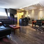 Executive Suite Living-room 742