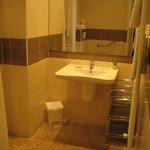 Cannes, Hotel Albert 1er - bathroom
