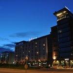 Passeggiata di fronte l'Hotel