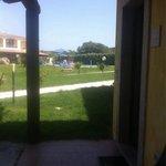 Vista piscina dal loggiato della nostra Camera