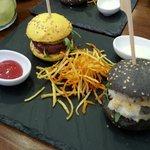 mini hamburguesas, exquisitas
