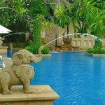 An elephant fountain into the pool