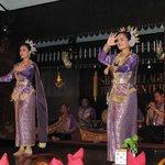 A Thai dance at the restaurant