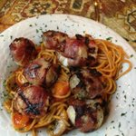 scallops with pasta, mushrooms and tomatoes
