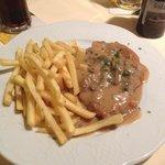 Schwein Schnitzel w/ Mushrooms and Fries