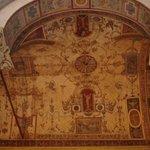 Росписи в стиле гротесков можно рассматривать часами