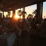 A la carte in het hotel, Piaza Di Porto uitgebreid diner met zonsondergang.