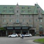 The Manoir Richelieu main facade.