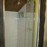 La douche de la chambre Clover