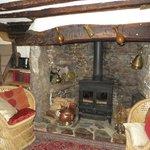 le petit salon avec cheminée