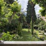 Beautiful garden in charming Villa - annex to main building