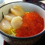 Hakodate morning market - kaisen-don / sashimi rice