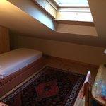 Second kids bedroom in junior suite Genzianella