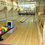 Bowling alley (costs)