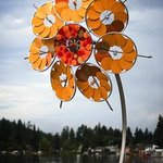 Patricia Vader - Sunflower, stainless steel, aluminum