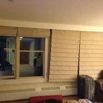 Janelas do quarto (cortinas ruins)