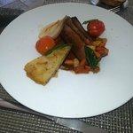 Entenbrustfilet mit versch. Gemüsen und Kartofflegratin