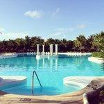 Kantenah/Colonial main pool