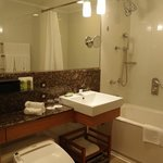 7054号室のバスルームです。