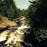 chute riviere au Loup,le Baluchon