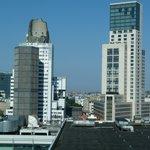 Zimmeraussicht auf Kaiser-Wilhelm-Gedächtsniskirche und Hotel Waldorf Astoria