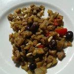Caponata non fritta con olive taggiasche e pinoli