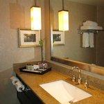 Bathroom counter InterContinental May 2014