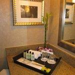 Toilettries in Bathroom InterContinental May 2014