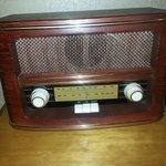 Radio antigo no quarto