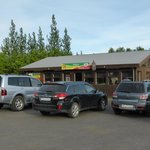 The restaurant is located in the center of Fluðir